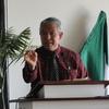 Michael preaching-2